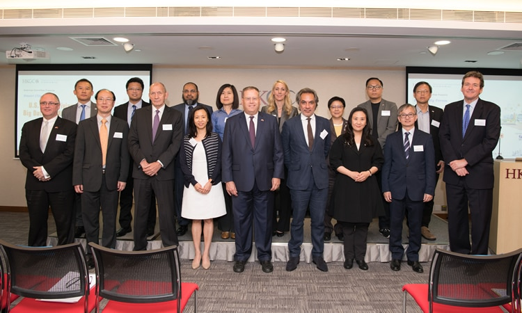 Consulate General Strengthens Commercial Ties With Hong Kong